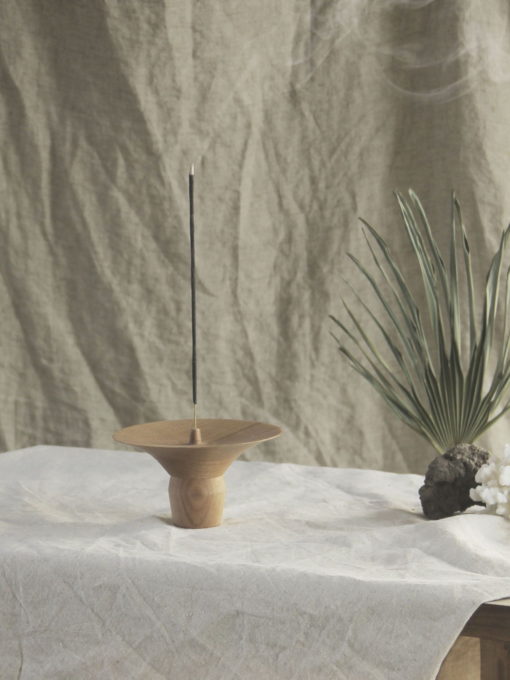 incense holder_maple walnut wood IH005